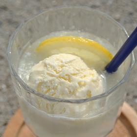 大長レモンクリームソーダ